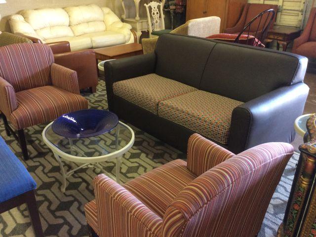 Hampton Inn Sofa, Chairs